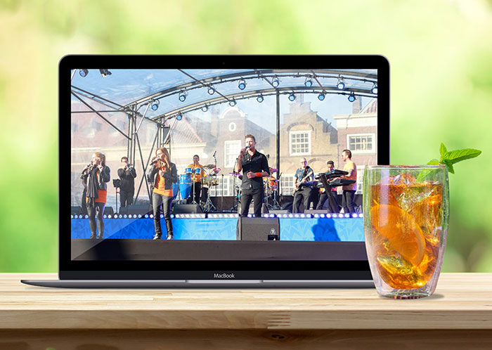 Laptop screen display a concert